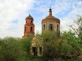 Православная церковь (каменная) во имя Покрова Пресвятой Богородицы в селе Лески Малоархангельского района Орловской области была построена в 1855 году.