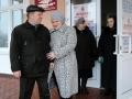 На часах четверть двенадцатого, мэр Малоархангельска Александр Трунов с супругой уже проголосовали.