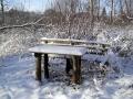 Летом можно посидеть за столиком, зимой холодновато будет.