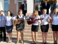 Споём родной школе песню.