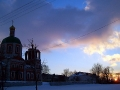 Покровская церковь во время заката.