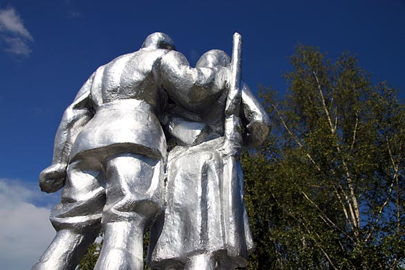 Памятник на воинском захоронении д. Дубовик