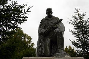 Воинское захоронение 57-375, д. Луковец Орловской обл. Малоархангельский р-н