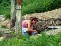 Горожане ежедневно набирают здесь чистую питьевую воду