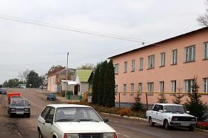 Здание районной поликлиники г. Малоархангельска