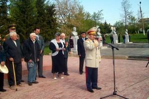 9 мая в Малоархангельск приехал сын Аманджолова, воина Великой Отечественной, погибшего на Малоархангельской земле