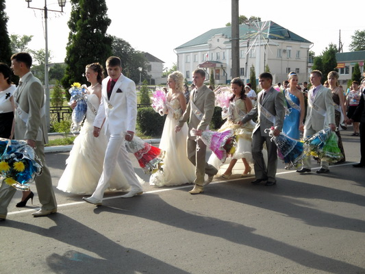 Прощальный школьный бал — 2010.