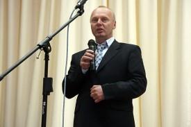 Выступает руководитель ООО «Дубовицкое» С. П. Борзенков
