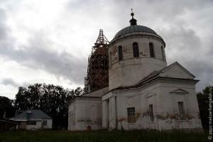 Свято-Покровский храм в селе Архарово Малоархангельского района