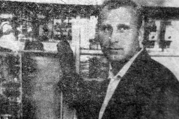 Анатолий Федорович Борзенков — инженер-энергетик опытного машиностроительного завода. 1986 год.