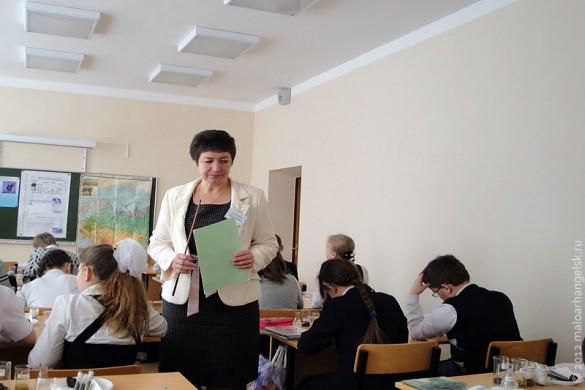 Конкурс «Учитель года — 2012» в Малоархангельске. Победитель конкурса Татьяна Ивановна Егурнова даёт открытый урок.