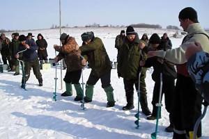 Подлёдный лов в Малоархангельске.