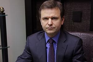 """Генеральный директор Инвестиционно-строительной компании """"ЛЮКС РОССТРОЙ""""."""