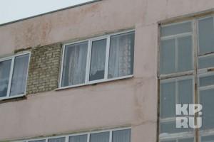 Окно 3 этажа общежития.