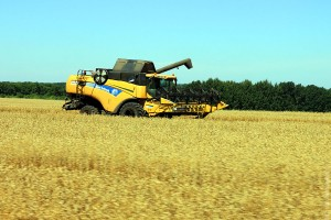 Комбайн New Holland.