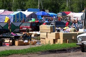 Малоархангельский рынок в июле 2012 года.