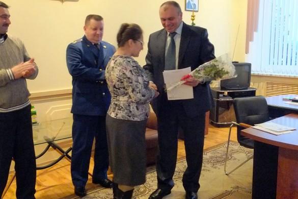 Глава района наградил и поощрил работников прокуратуры Малоархангельского района.