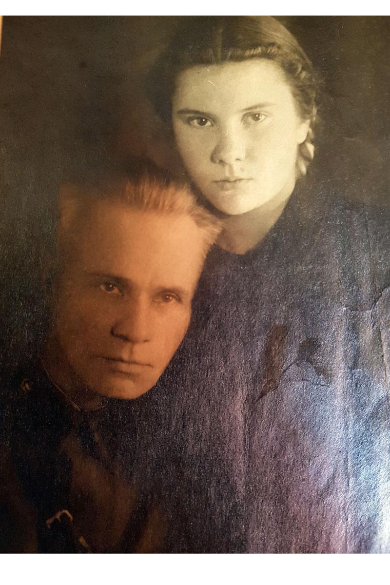 Владимир Васильевич Ченцов с  дочерью Эллой