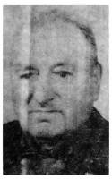 Антон Филиппович Чибисов — ударник коммунистического труда, награжденный значком «Отличник службы быта».