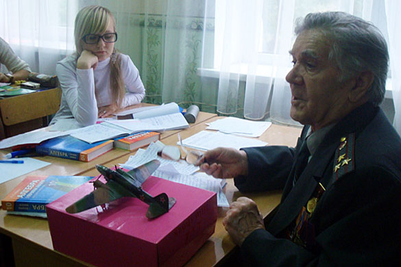 Полковник милиции в отставке Геннадий Захарьев.
