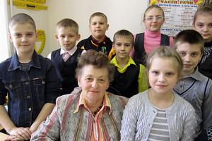 Тамара Григорьевна Алехина работает во второй городской школе 28 лет учителем начальных классов.