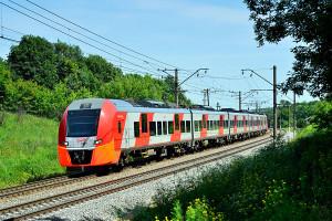 Скоростной поезд ЭС1 Siemens Desiro «Ласточка».