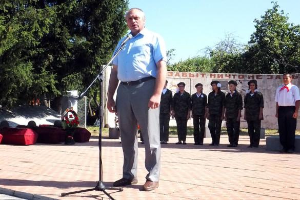 Торжественный митинг в Протасово, посвященный перезахоронение останков 49 погибших солдат СА.