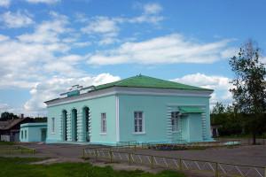 Вокзал станции Малоархангельск.