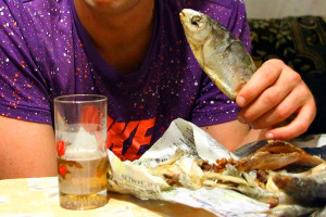 Пиво с рыбой.