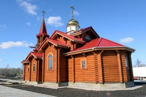 Храм в селе Луковец.