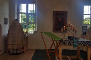 Богослужение в Лесках.