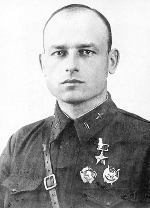 Герой Советского Союза Андрей Локтионов в годы войны