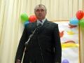 Учителей поздравляет глава района.