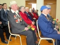 С особым чувством слушают ветераны песни военных лет.