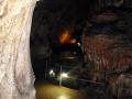 В пещере вы попадаете в неведомый и чудесный мир.