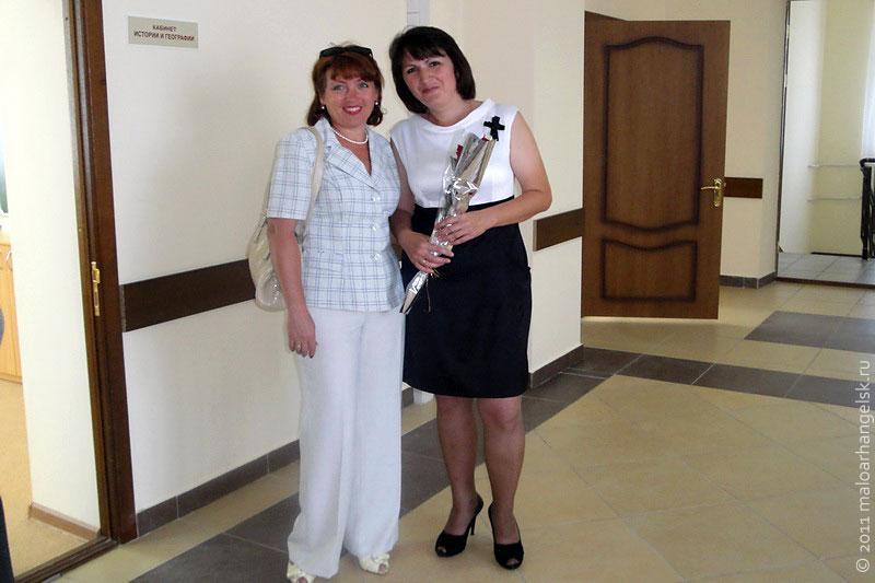 Учителя и гости МСШ № 2 прошли по пока еще тихим этажам.