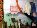Орнамент на полотенцах очень редкий, - говорит заведующий музеем Геннадий Николаевич Чернышов.