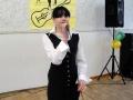 Поёт конкурсантка из Иывановской средней школы.