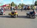 На городской площади в праздник движение разрешено только такому транспорту.