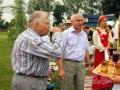 Праздничное гуляние посетил знаменитый на Орловщине поэт и писатель Леонард Золотарёв.