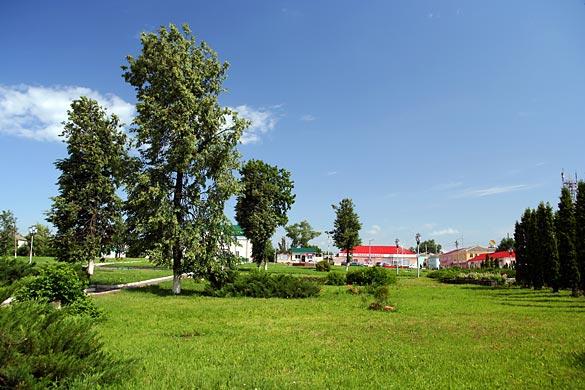 Общий вид воинского захоронения г. Малоархангельск
