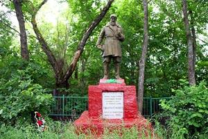 Воинское захоронение 57-385, д. Удерево Орловской обл. Малоархангельский р-н