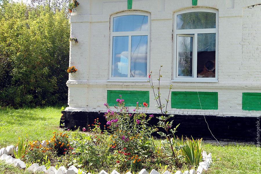 Ивановской средней школе 125 лет.