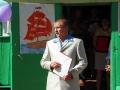 Юбилей Ивановской средней школы, выступает директор Александр Зайцев.