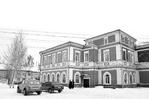 Чего только не переживала в течение последних 180 лет бывшая земская больница г. Малоархангельска!