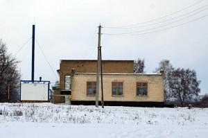 Современное здание библиотеки в с. 1 Ивань