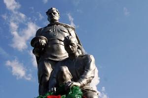 Памятник воинам, погибшим при освобождении станции Малоархангельск