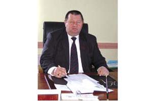 Глава администрации Малоархангельского района Петр Заложных