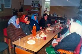 Вечер «Тепло сердец мы дарим людям» ко Дню пожилых людей. 01.10.2005 г.