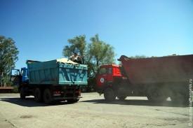 Камазы везут малоархангельскую глину в Орёл